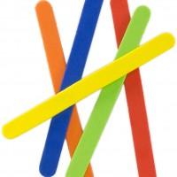 GRAFOPLAS 68049000. Pack 50 figuras de Goma Eva de colores. Palos 1 x 11.4 cm.